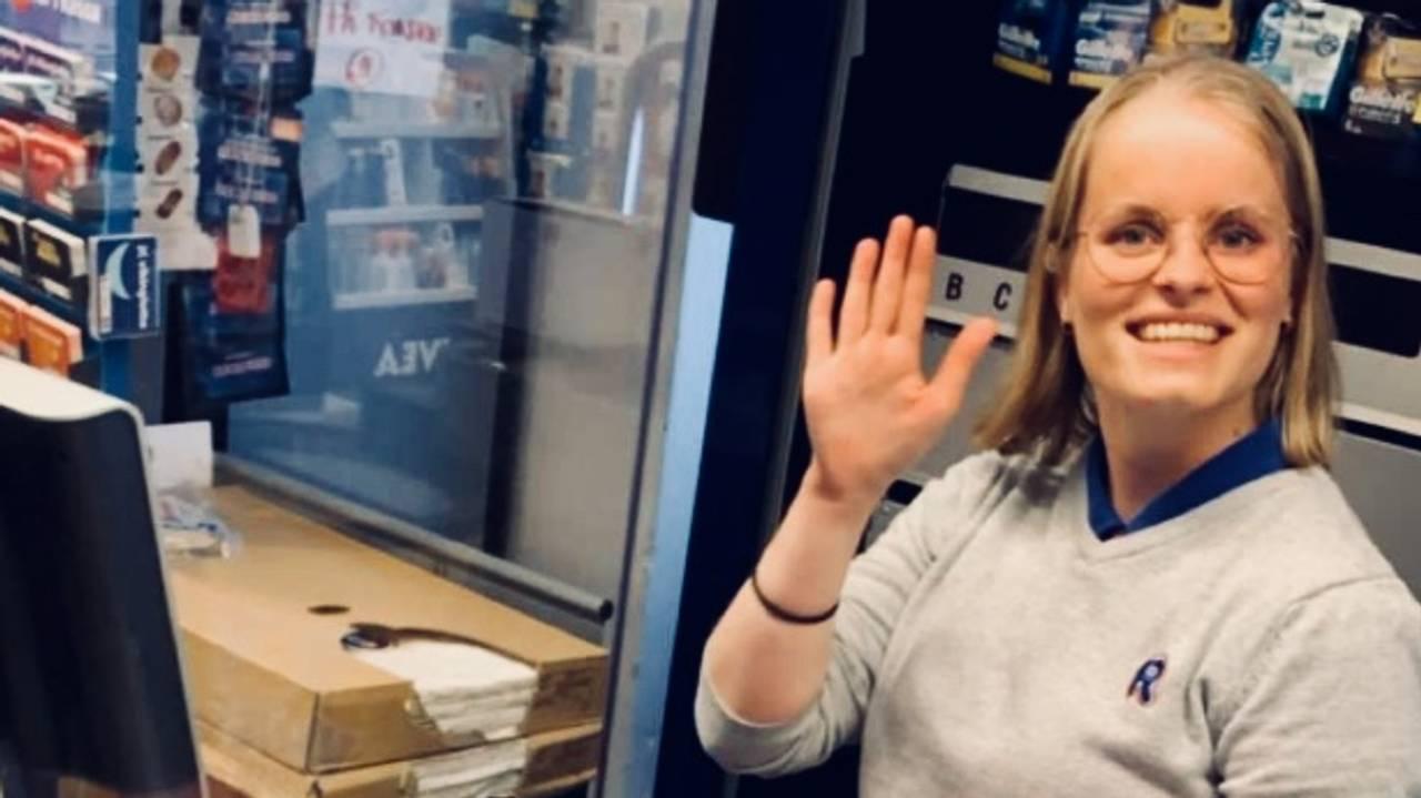 Karoline Knapper på jobb