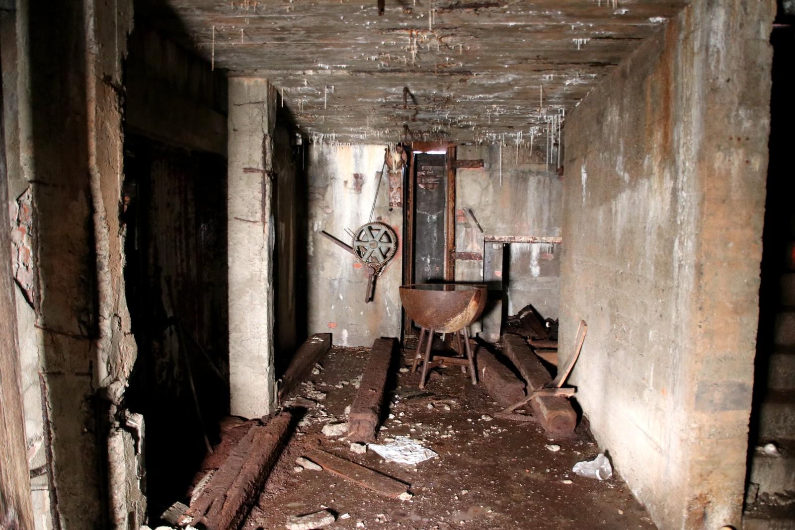 Forfallet i rommet under kanon en.