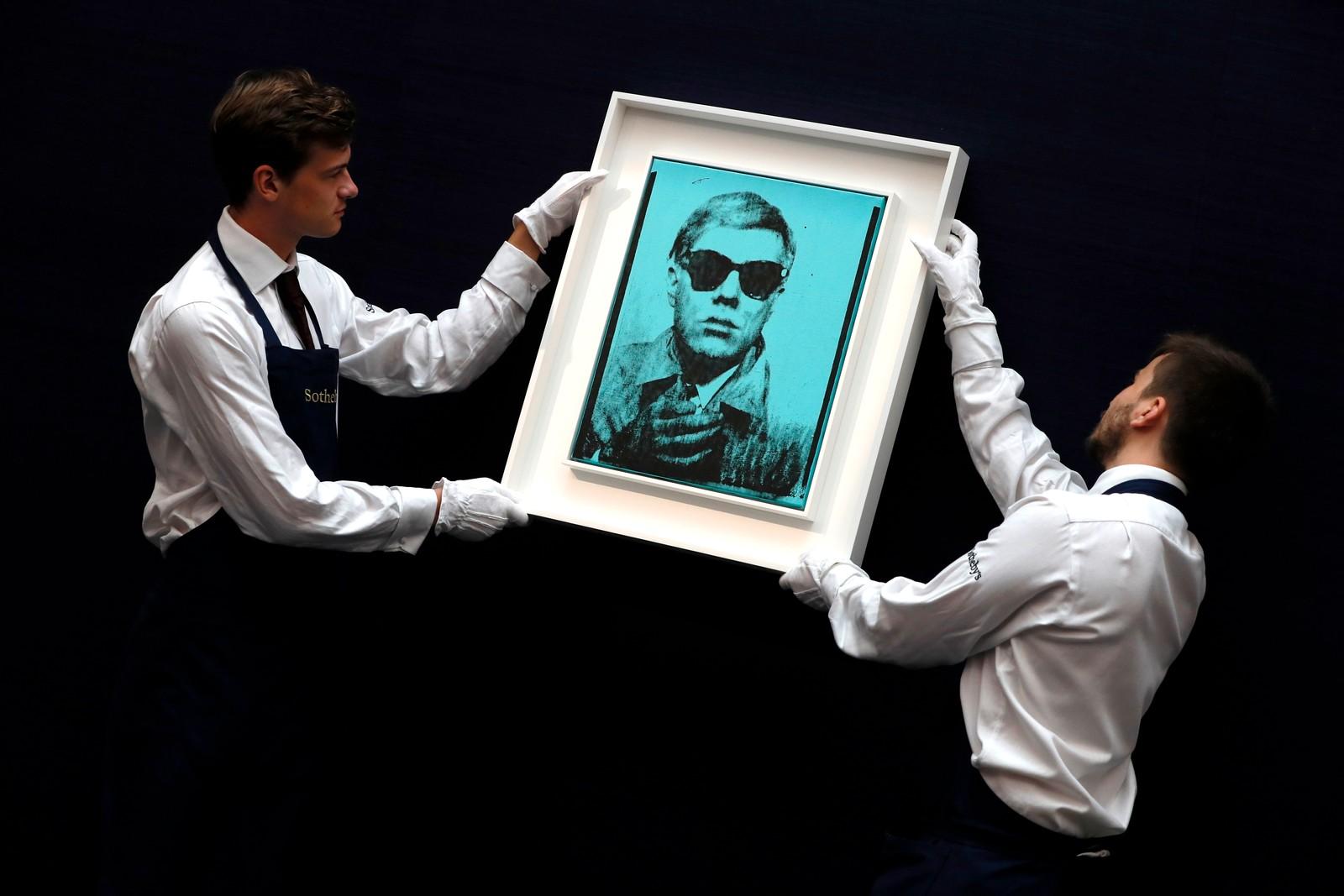 Et selvportrett av Andy Warhol skal auksjoneres bort på det berømte galleriet Sotheby. Det er antatt at prisen kan bli mellom 55 og 75 millioner kroner.