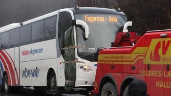 Slepar bussen vekk