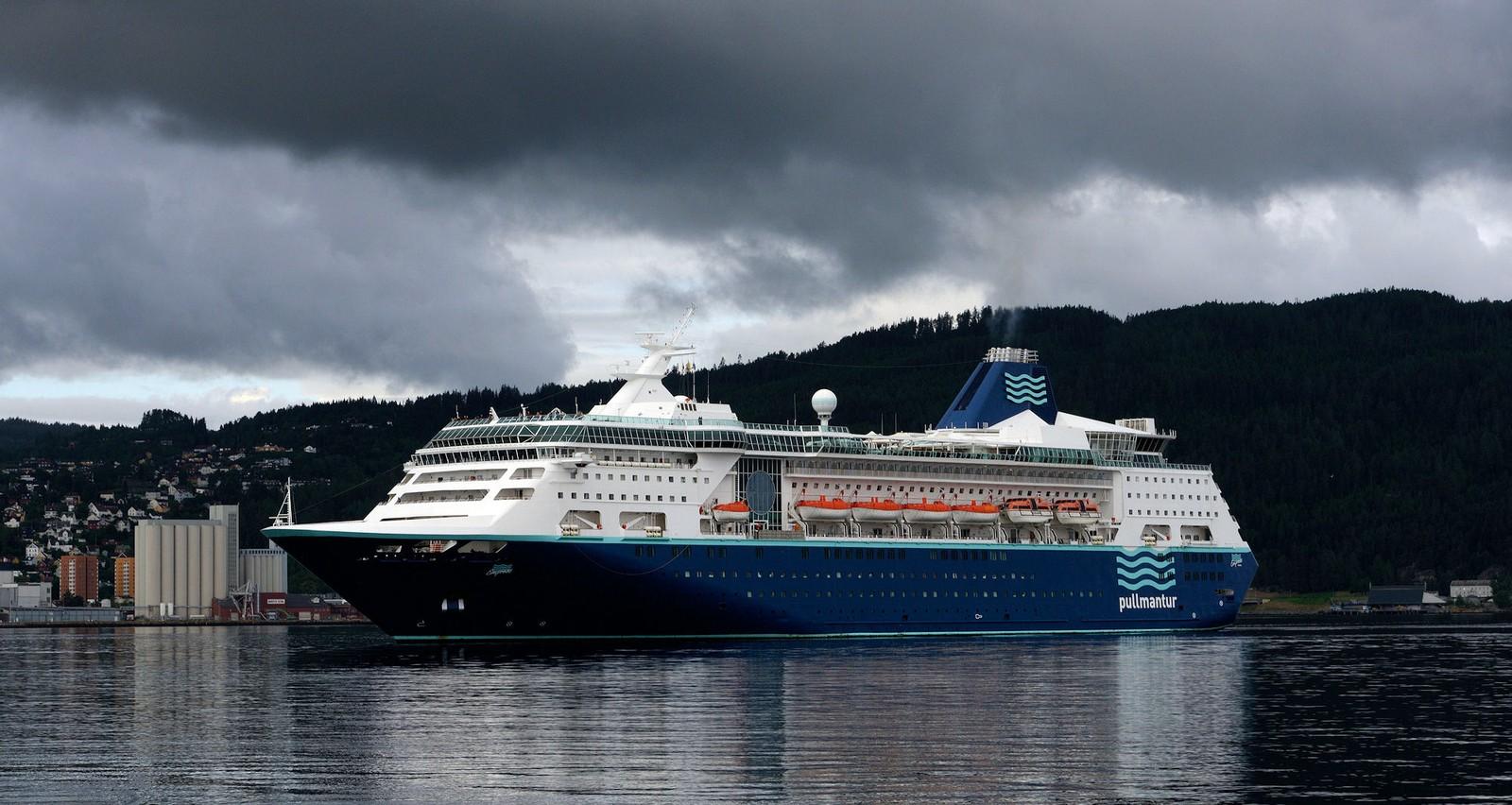 MS Empress utenfor Ila i Trondheim