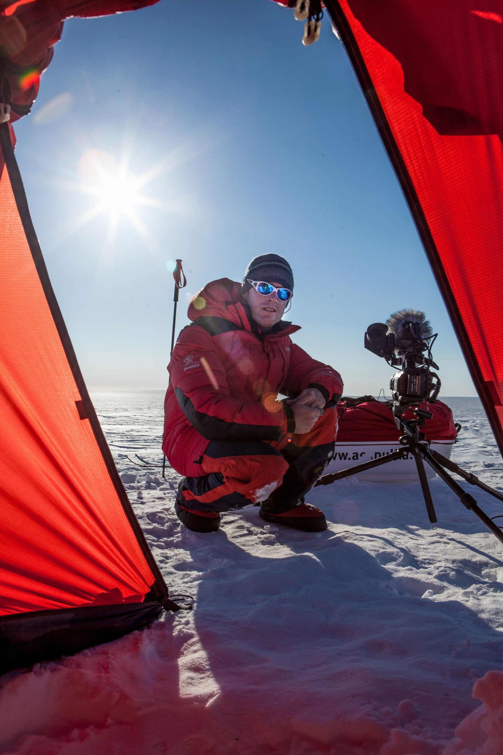– Vi er en ganske liten gruppe med fotografer som jobber med ekstrem-tv, sier Fornebo.