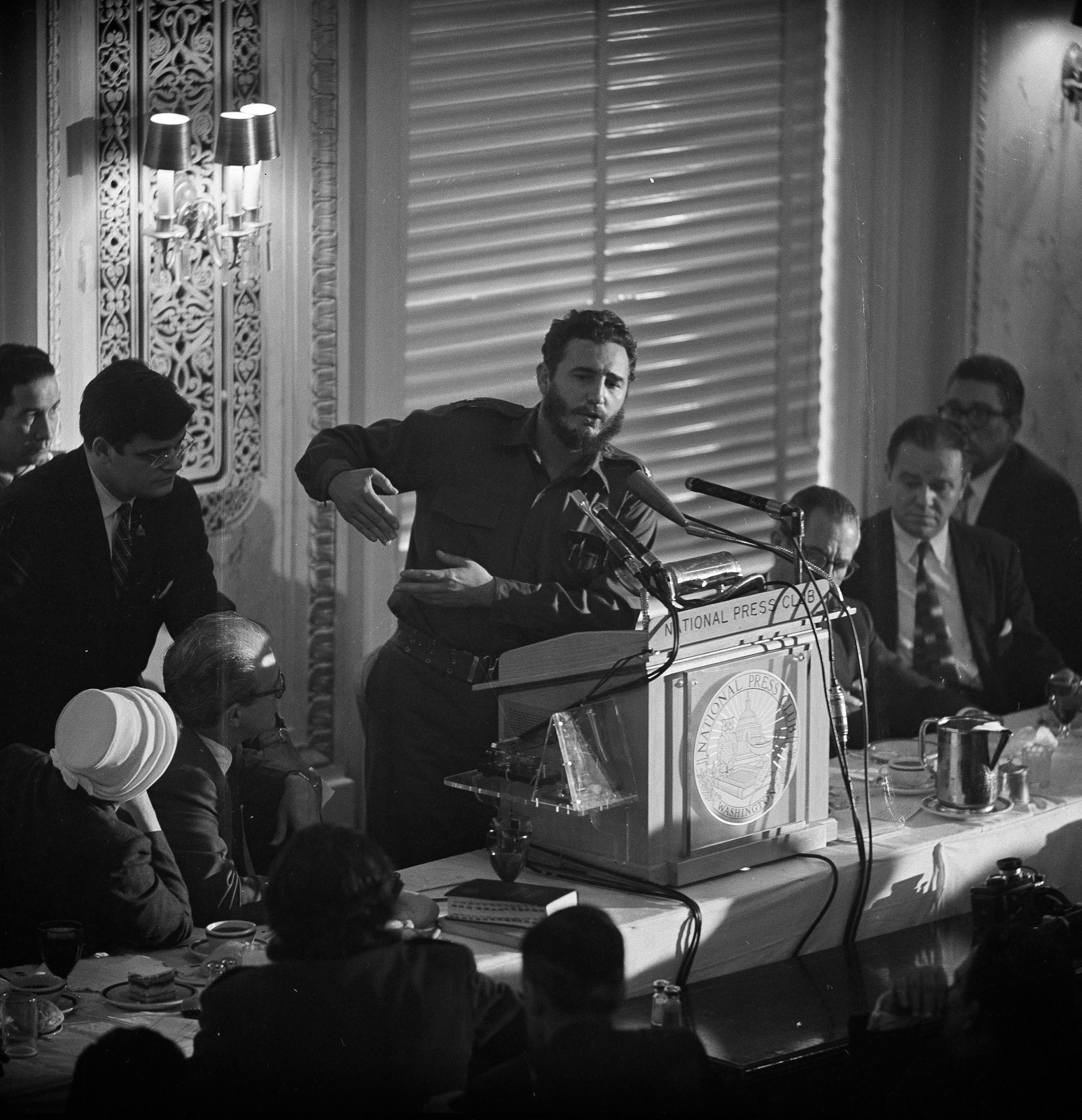 20. april 1959, fire måneder etter at den amerikanskvennlige presidenten Fulgencio Batista var styrtet holdt Fidel Castro en tale i National Press Club i Washington D.C.