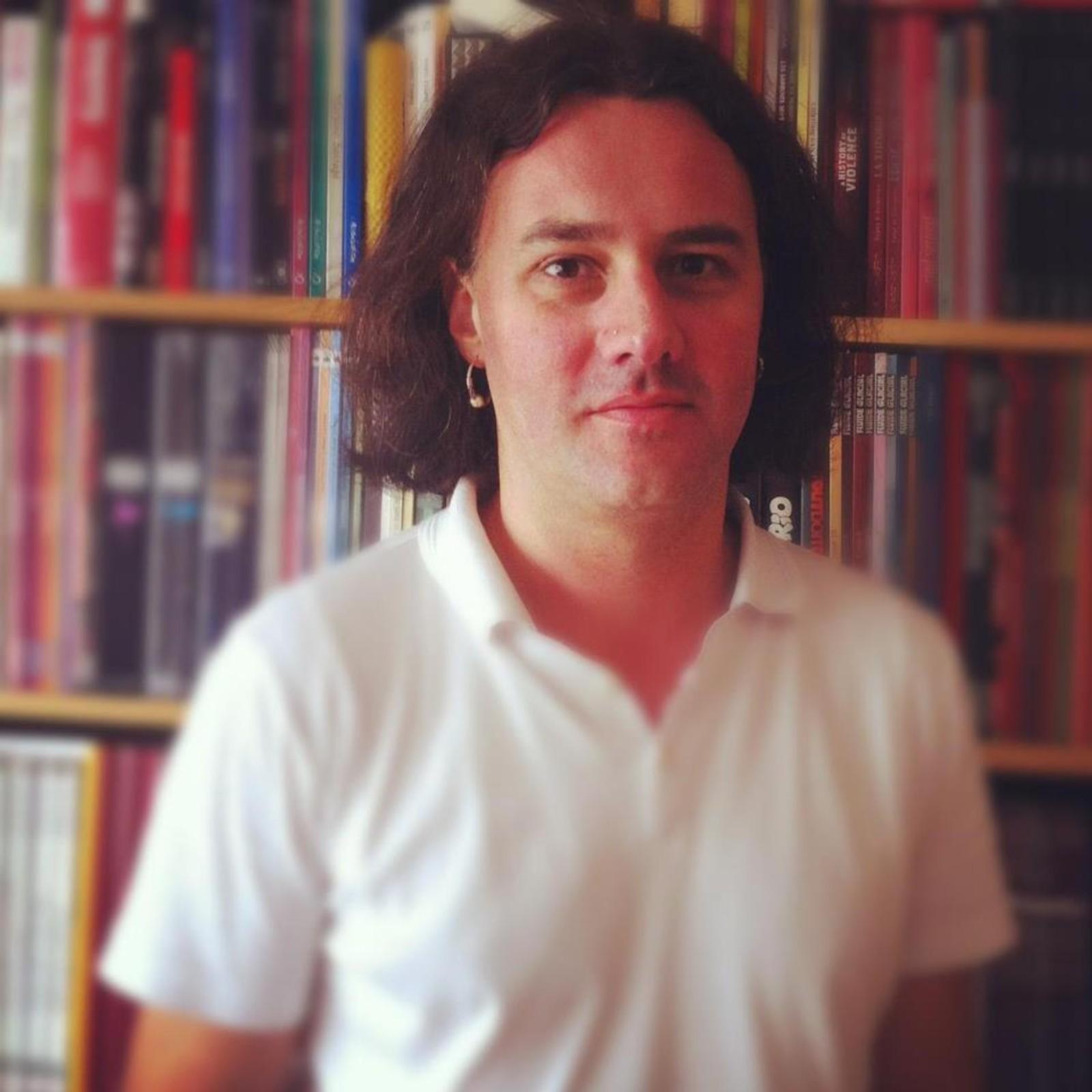 DREPT: Franske Guliame Decherf (43) var journalist for magasinet Inrockuptibles. Decherf døde på Bataclan konserthus.