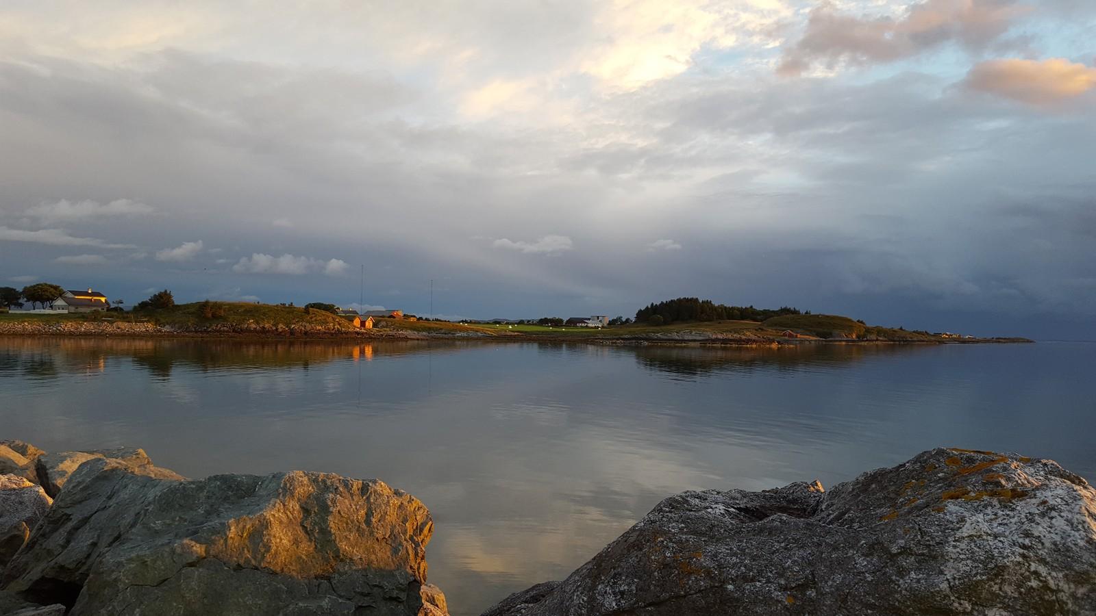 Solnedgang på Uthaug