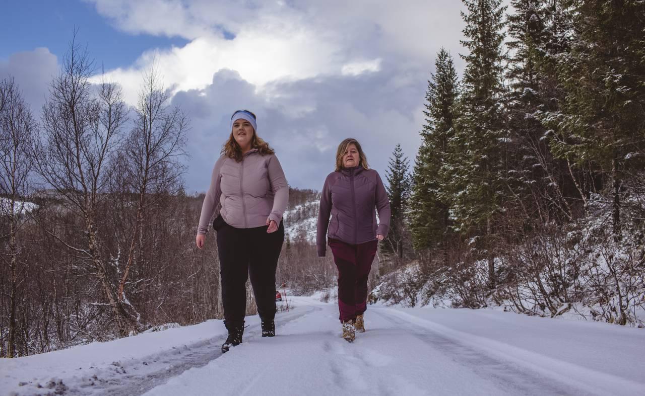 Sonja Iren og Stine Ebbsen Johsen på tur