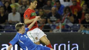 Christiano Ronaldo vs Birkir Savarsson