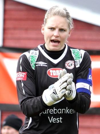 Arna-Bjørnar-keeper Erika Skarbø