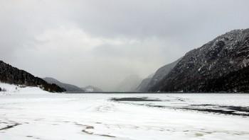 Snøvær i Vinjefjorden