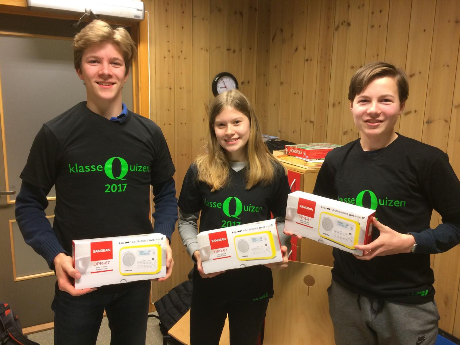 MARKAPLASSEN SKOLE: Fra venstre: Thorstein Berg Sletfjerding, Synne Nygaard Nielsen og Erik Jenssen Haugen.
