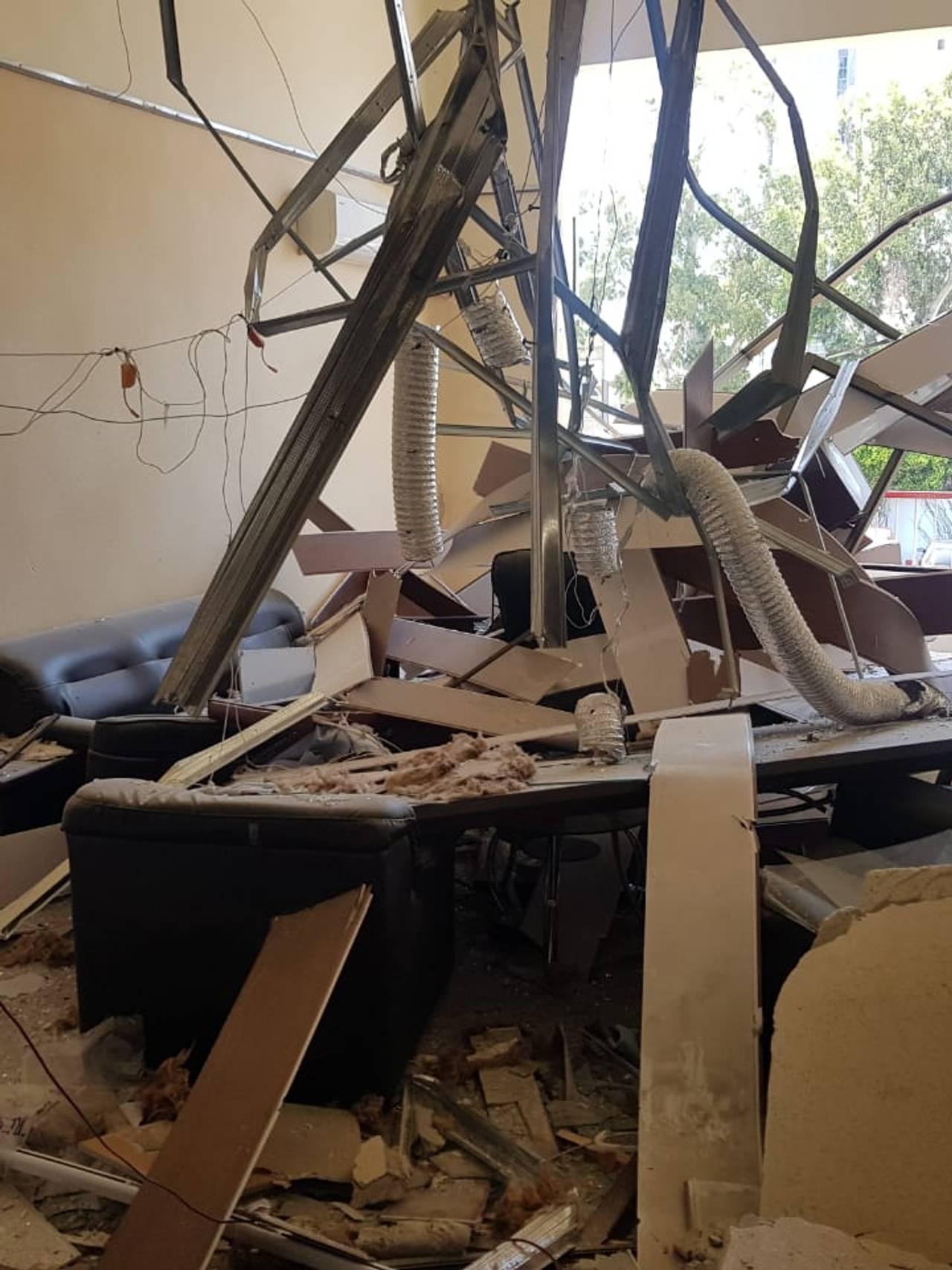 Brannstasjonen ved havna i Beirut er ødelagt