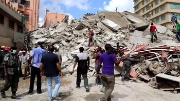 Minst 15 er bekreftet omkommet og mange er fanget under en bygning som kollapset i Dar-es-Salaam i Tanzania. Mange skolebarn skal være savnet.