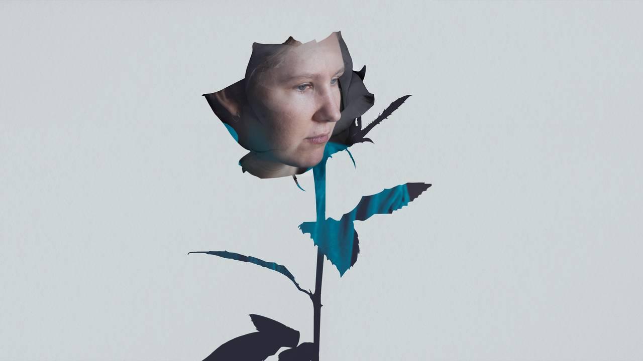 Bilde av ansikt i en rose