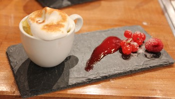 Marengs topper desserten