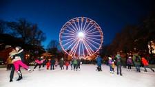 IS ISTEDET: Skøyteisen i Spikersuppa kan bli det nærmeste Oslo-folket kommer hvit jul, dersom prognosene holder stikk. Også nordpå kan det bli mer is enn snø denne julen.