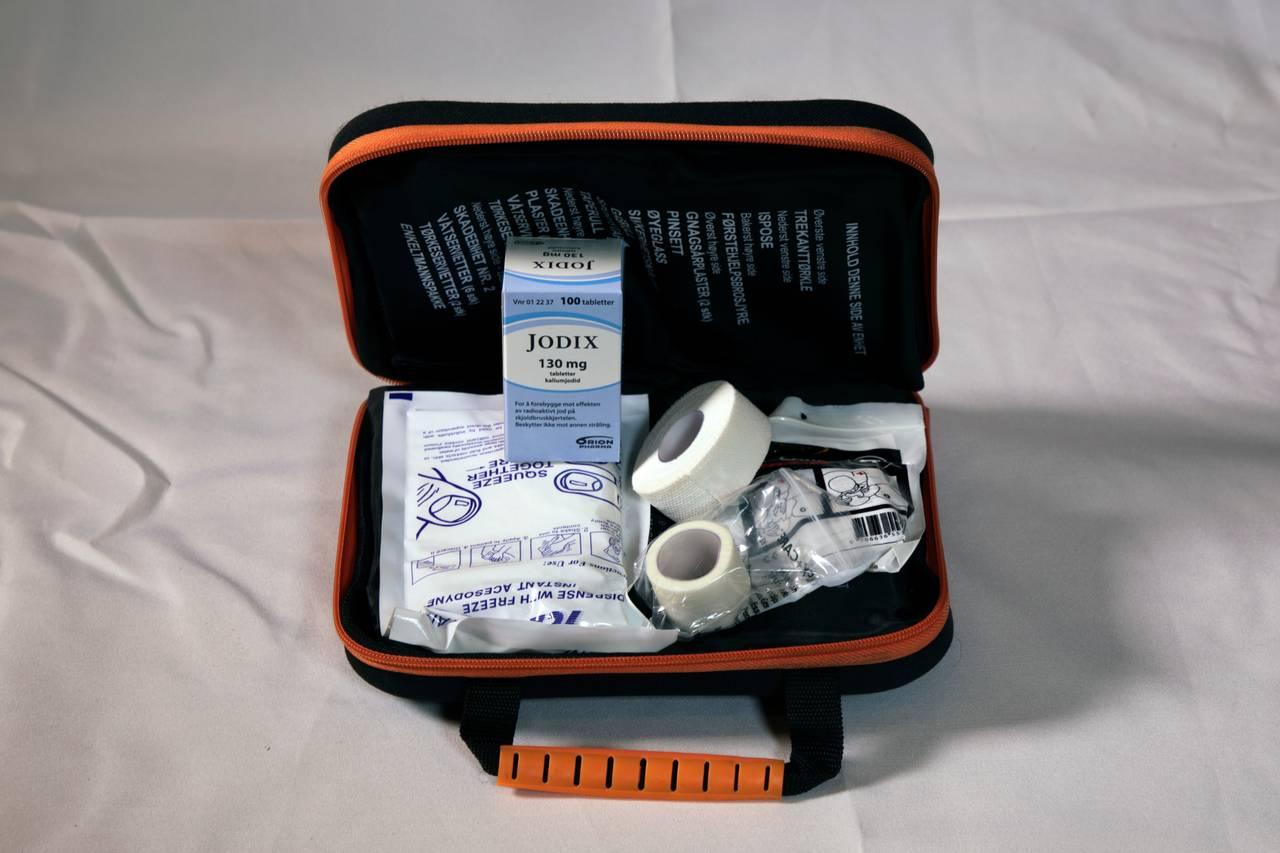 Førstehjelpsutstyr og jodtabletter