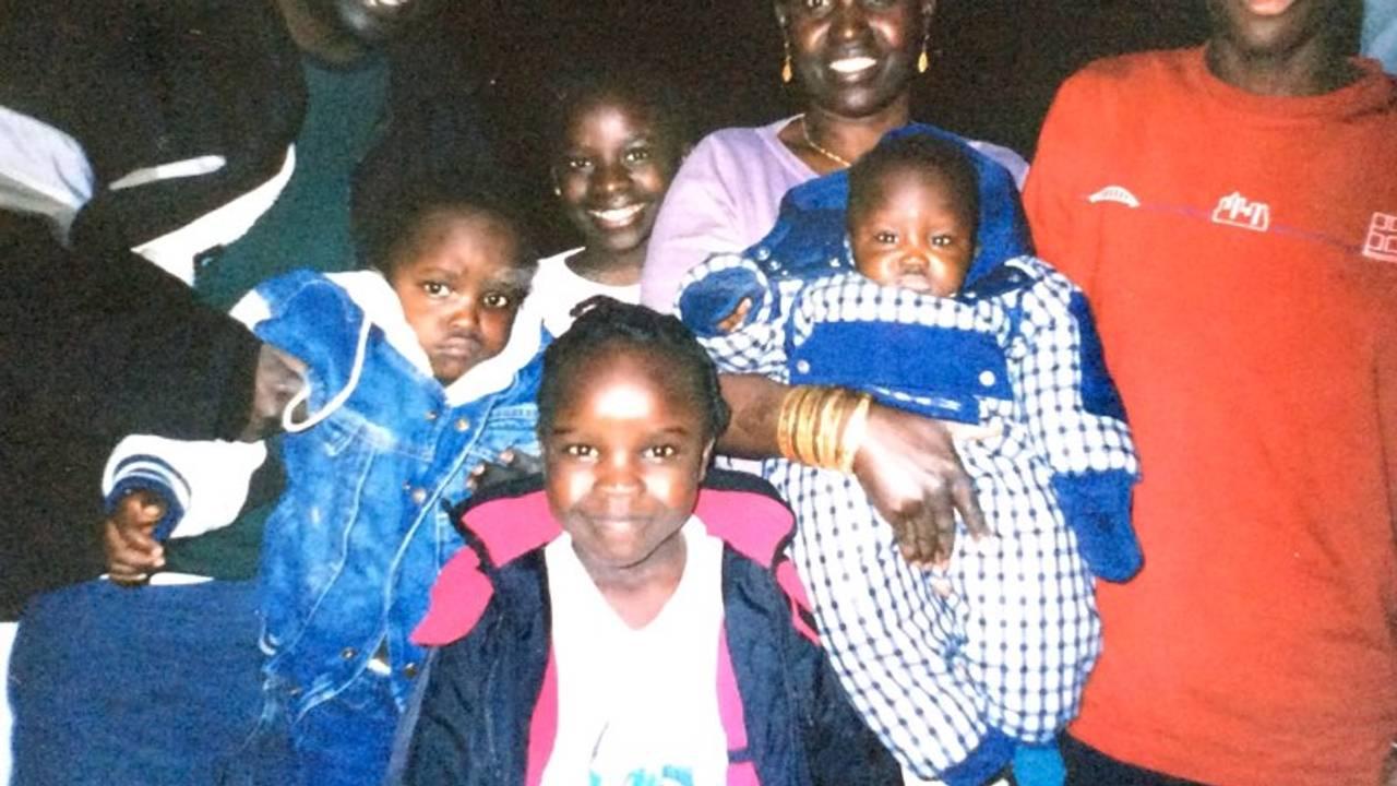 Grace Bullen og familien. Arkivbilete til Hodet i klemme