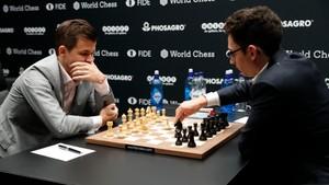 Nå · VM sjakk: Parti 9
