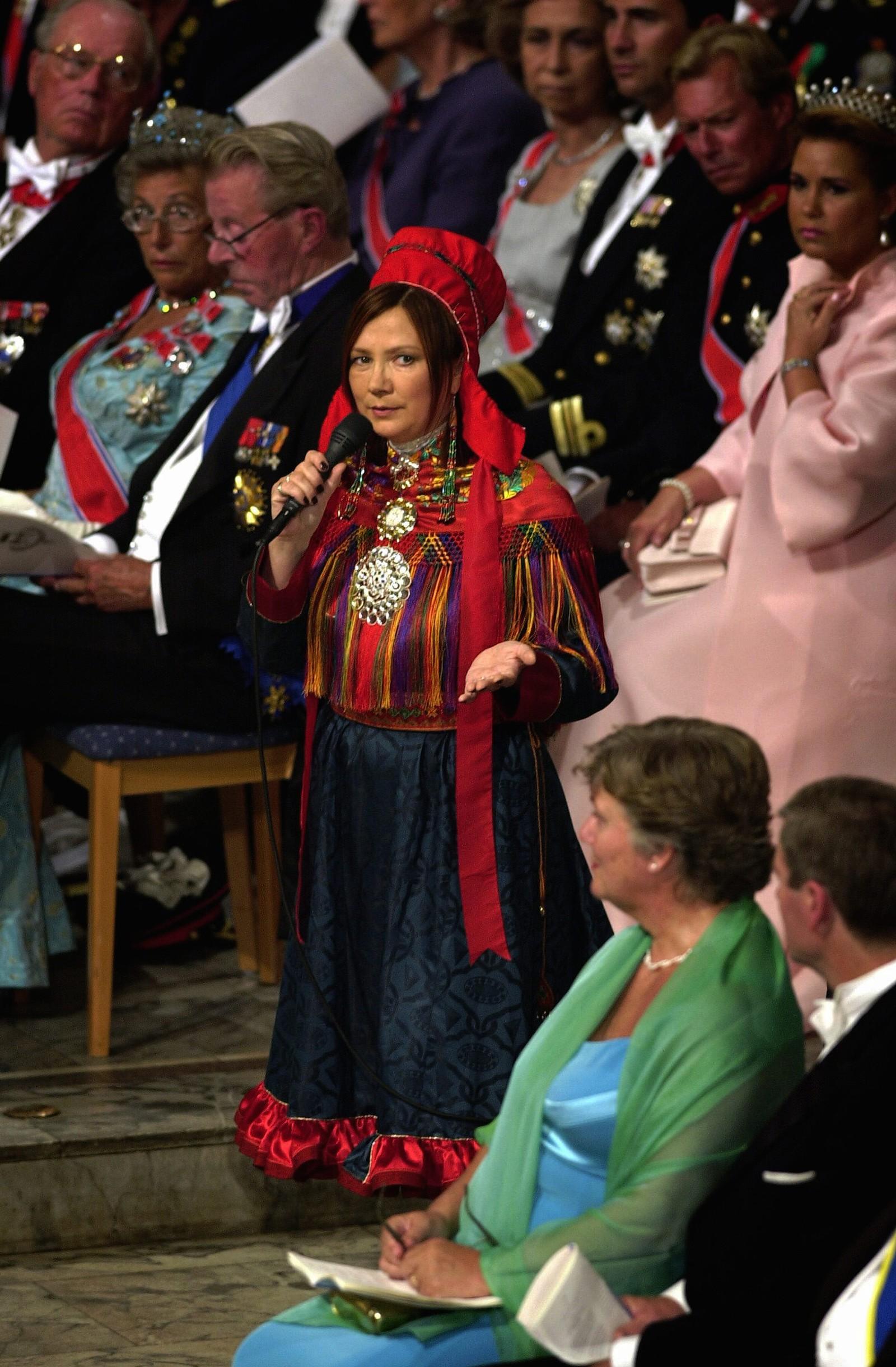 Mari Boine var en av artistene som sang i Kronprins Haakon og Kronprinsesse Mette-Marit sitt bryllup i Oslo domkirke den 25. august 2001. Her fremførte Boine «Mitt hjerte alltid vanker».