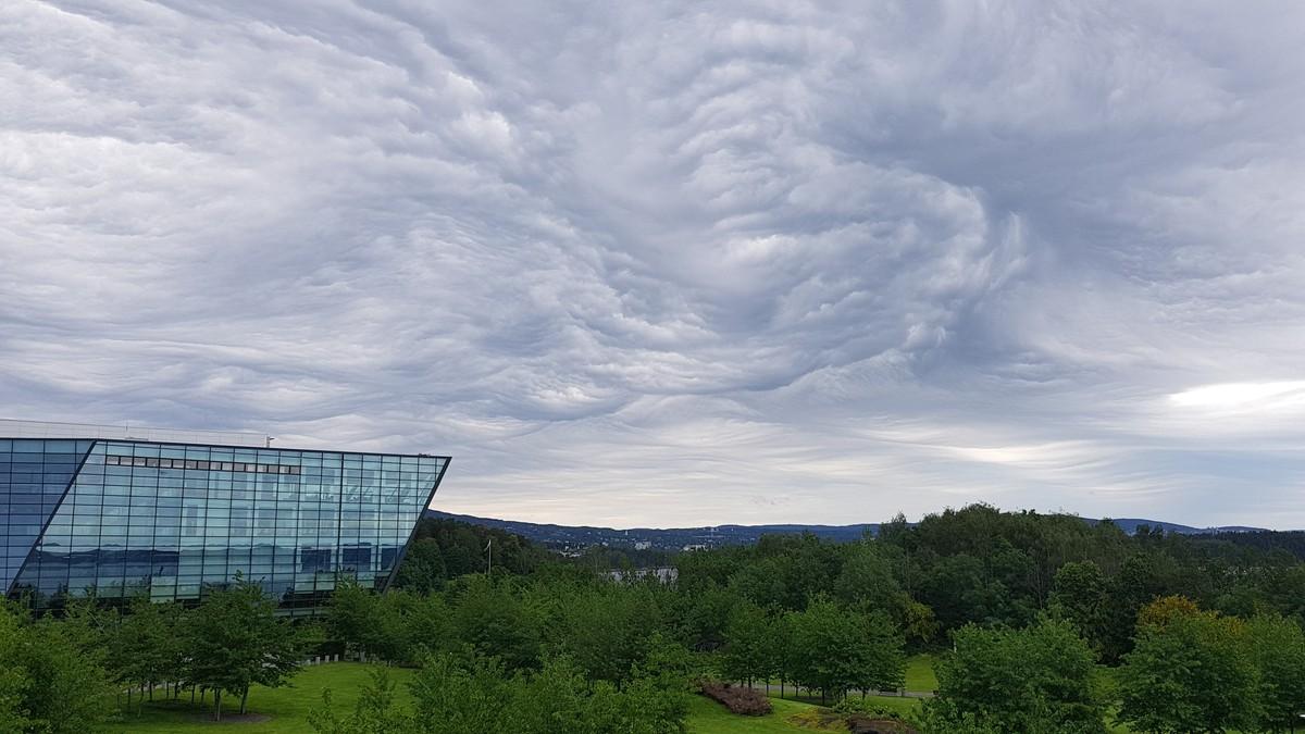 DRAMATISK: Denne skyhimmelen kunne man skimte i Oslo-området tidligere denne måneden.