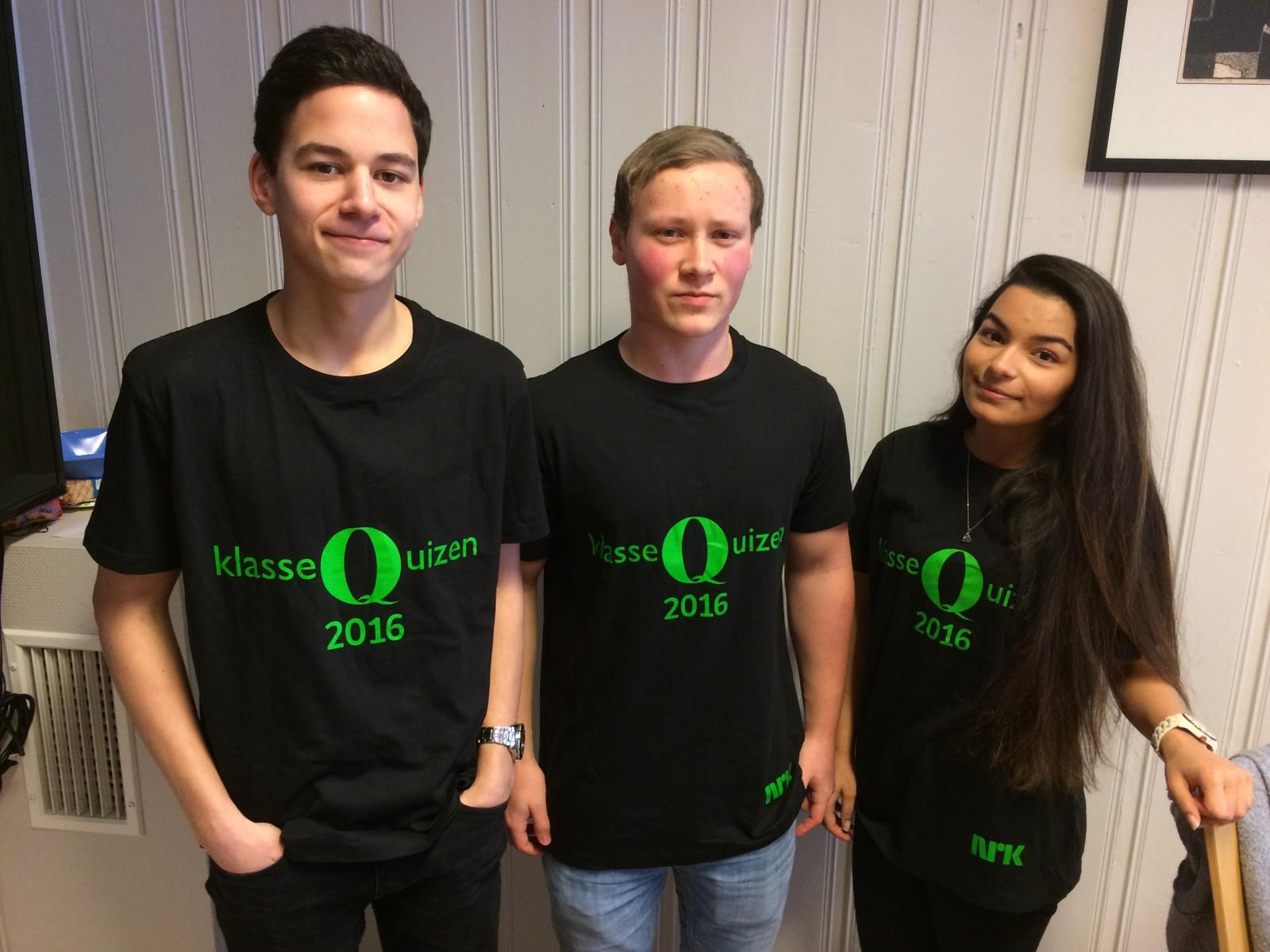 Mikael Tetlie, Simon Volden og Maria Tetlie fra Lensvik skole i Agdenes fikk 9 poeng.