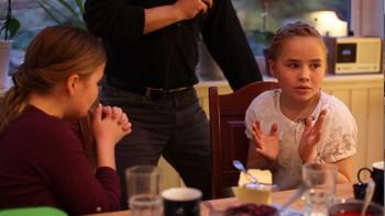 Video NRK skremte bursdagsbarna på direkte radio