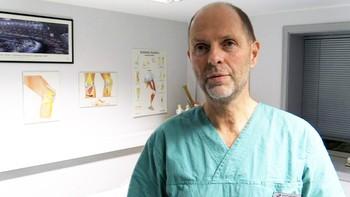 Intervju med klinikkleder i Teres Rosenborg, Torbjørn Grøntvedt. Omtaler skadene som Nicki Bille påførte seg i kampen 10.11.13