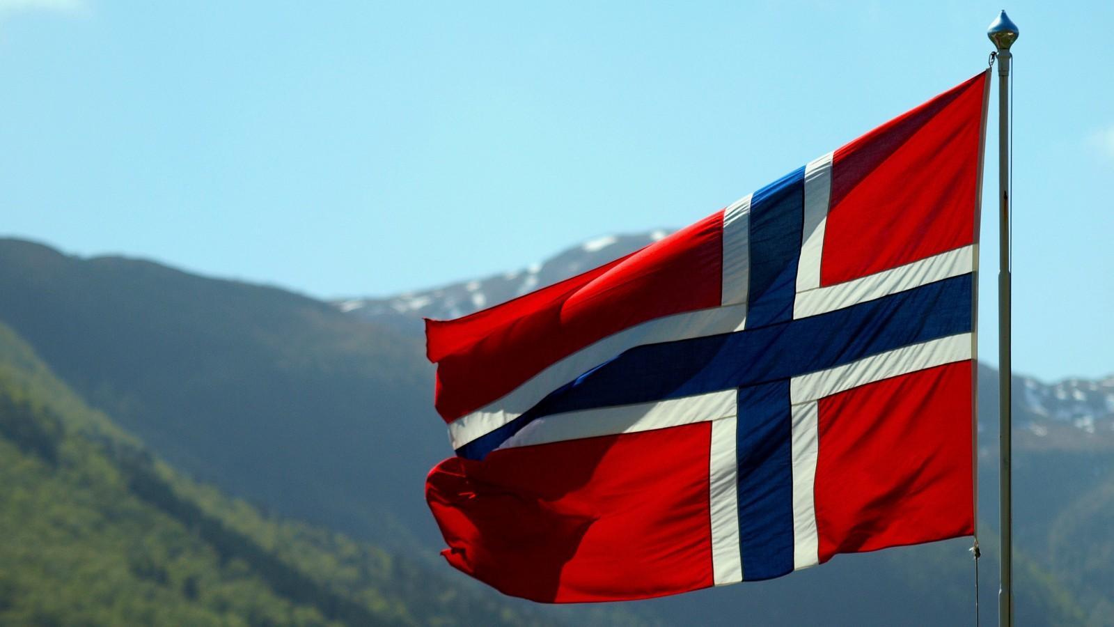 Flagg på Lindset