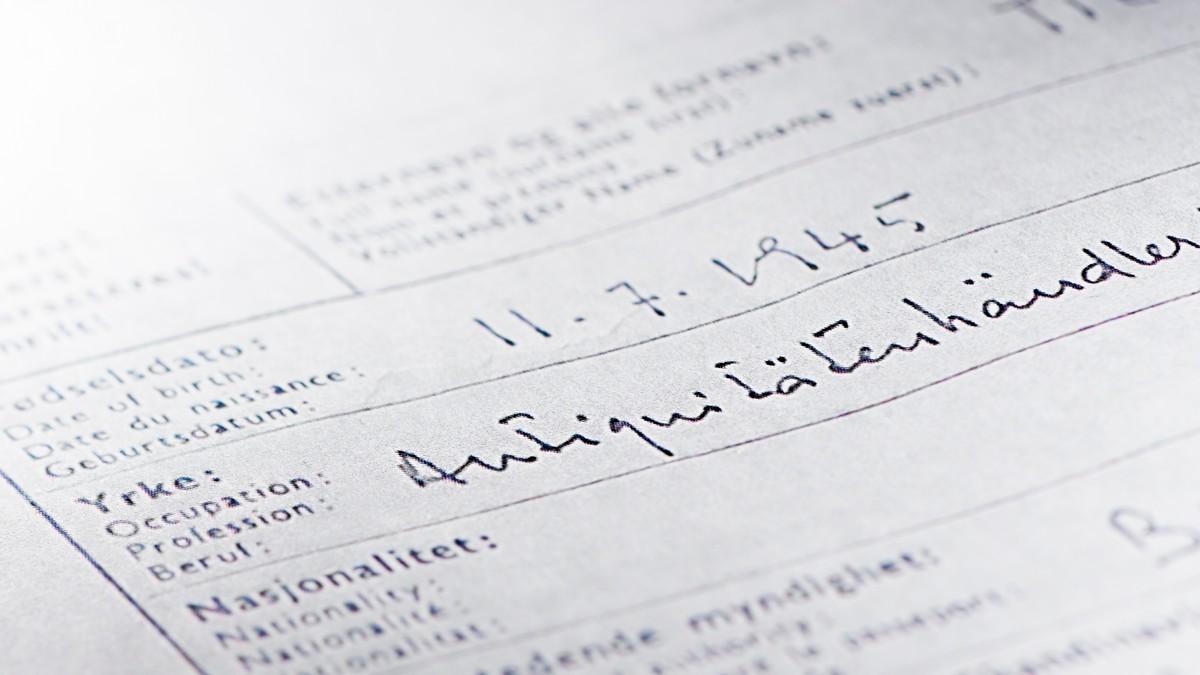 Håndskriften peker mot Frankrike - NRK Dokumentar