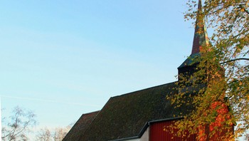 Hustad kirke, Sandvollan