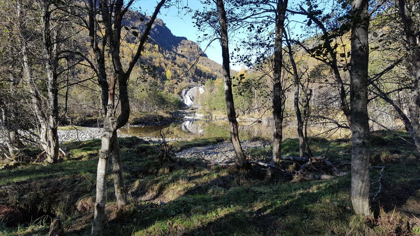 Dulsetefossen, Mørkridsdalen.