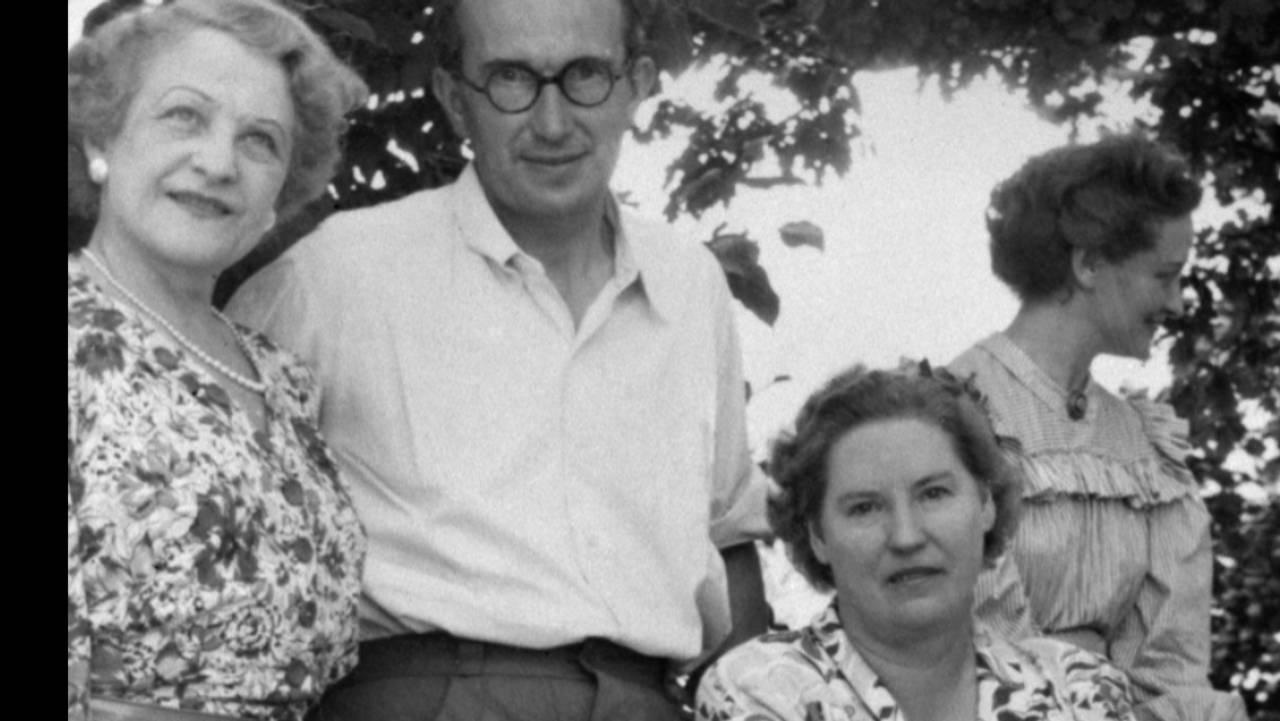 Festspillene i Salzburg 1949. Fra venstre: østeriksk sopran Vera Schwarz, Lord Bernard Miles, Kirsten Flagstad, Josephine Miles, Sally Miles, tysk mezzo sopran Margarete Klose.