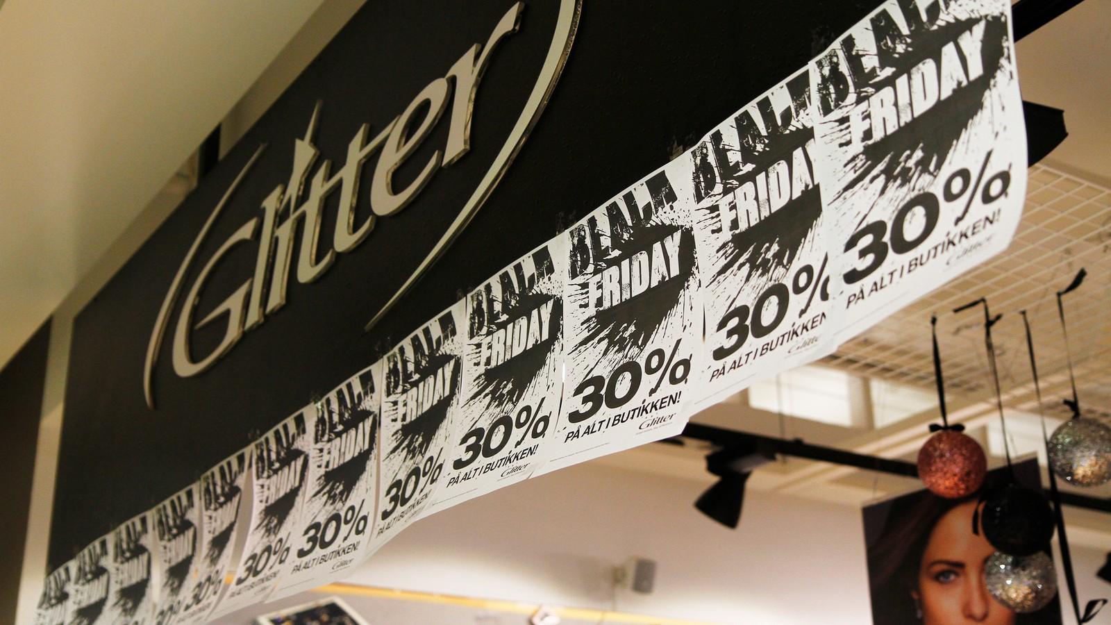 Alle butikkane stilte med gode tilbod på stort sett alle varer.