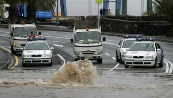 Politiet sperrer gatene på Tenerife