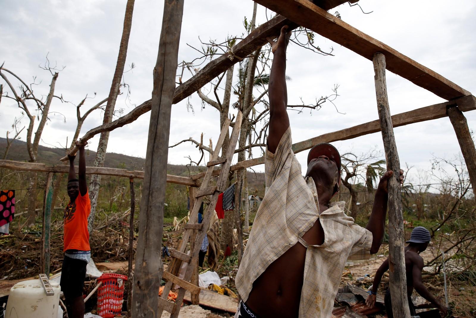 Haiti har flere ganger vært rammet av voldsomme naturkatastrofer. Mange bodde fortsatt i leirer etter det dødelige 2010-skjelvet der 230.000 mistet livet.