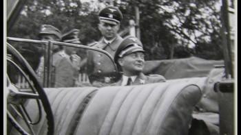 Tysk havnekaptein i en bil