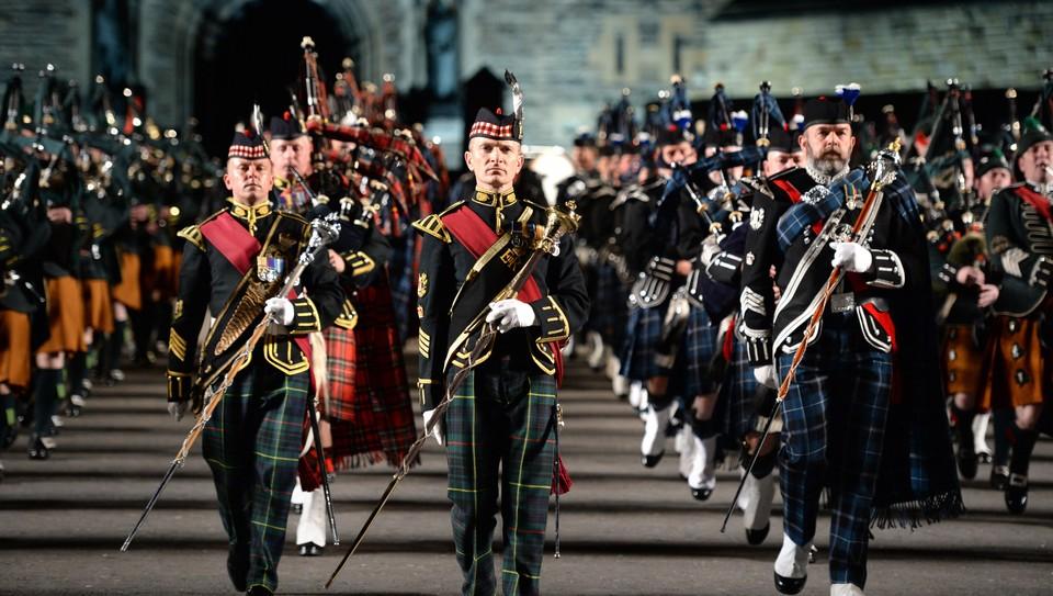Nrk tv edinburgh military tattoo for Scottish military tattoo