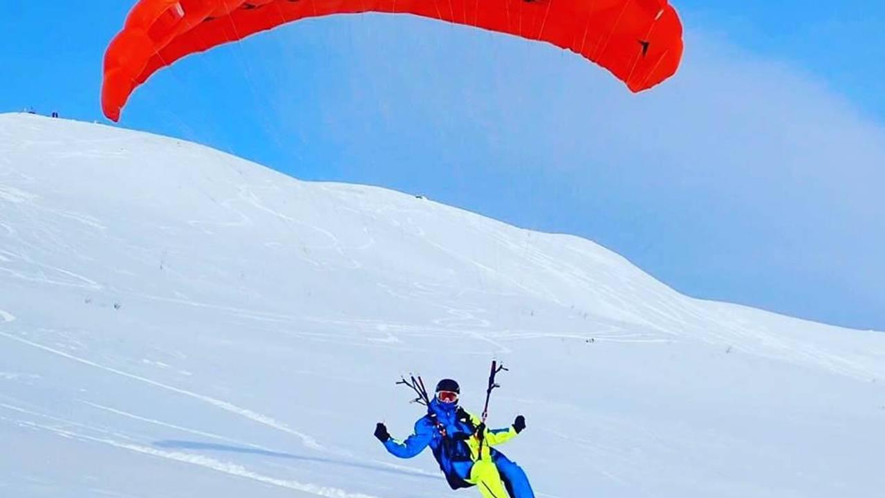 Henrik Solø flyr speedglider