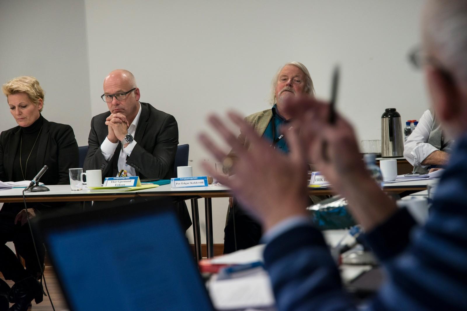 Svarer for seg: I alle år har det vært vanlig at NRKs ledelse er alltid tilstede på møtene, svarer på kritikken og hører på hva rådet sier. Her f v NRK-direktør Vibeke Fürst Haugen, kringkastingssjef Thor Gjermund Eriksen og rådets leder Per Edgar Kokkvold.