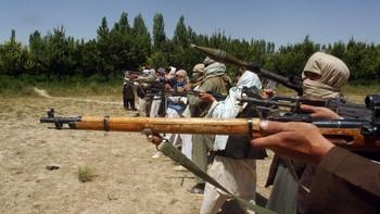 Talibansoldater på øvelse
