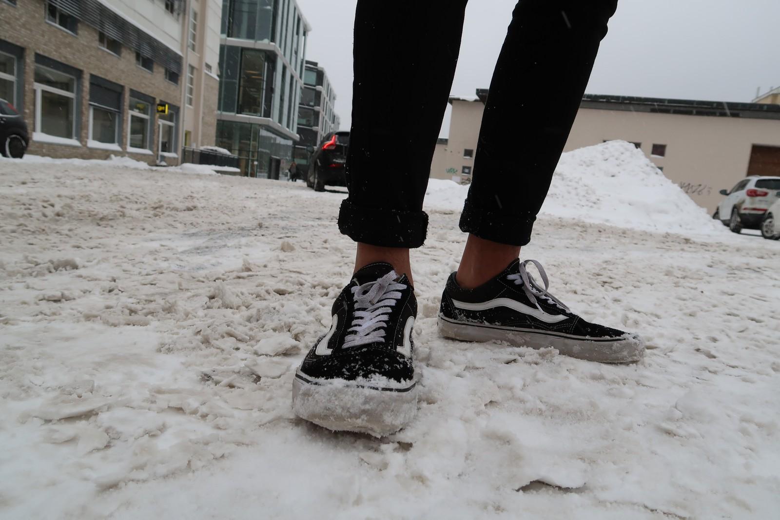 Marco Pizarro har ikke investert i vintersko, men har prioritert ny jakke. Han går mye ute og synes det av og til er kaldt, særlig når snøen er våt og dyp.