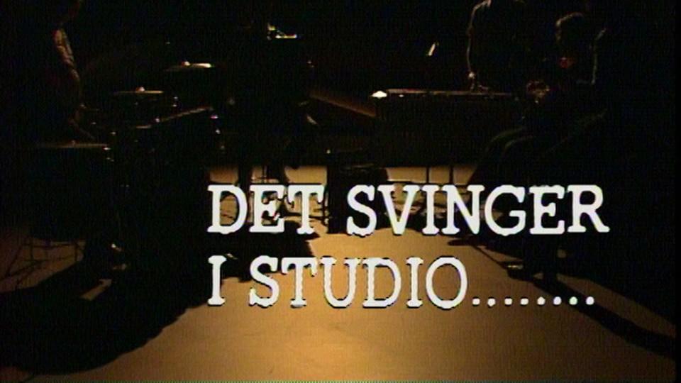 Det svinger i studio...