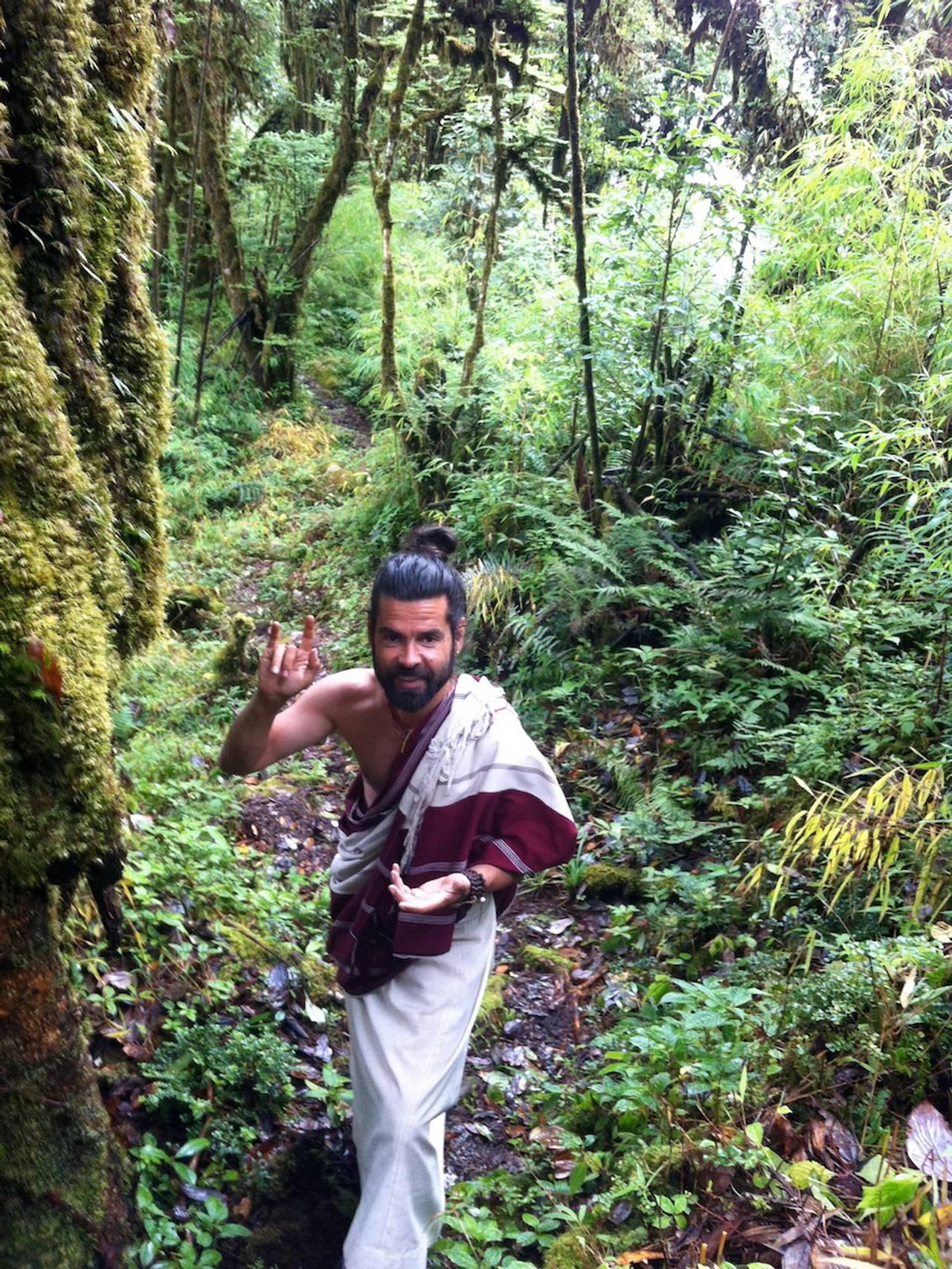 Jørgen yogi i jungelen i Himalaya