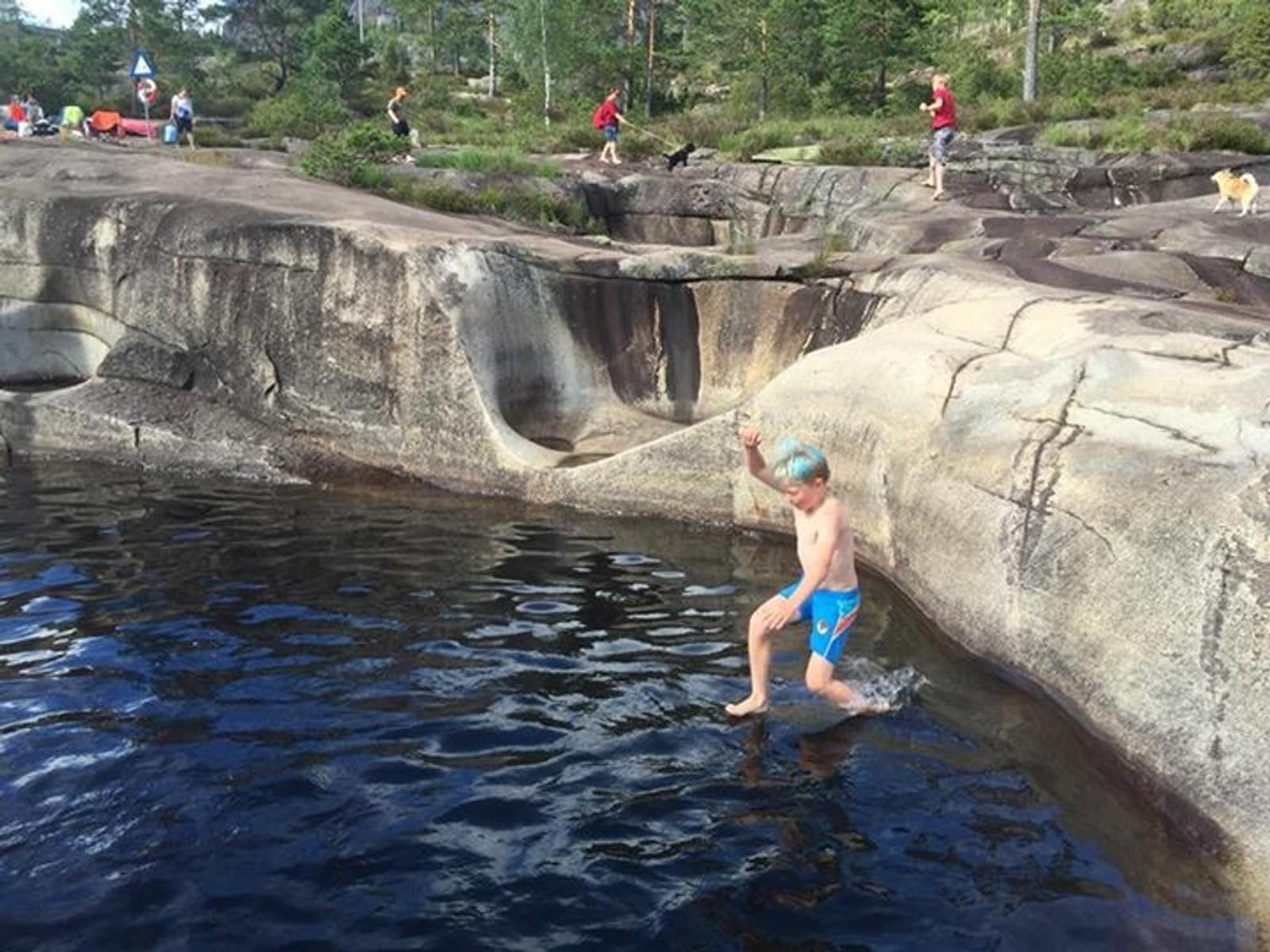 JETTEGRYTENE I NISSEDAL: Badeplassen er nominert av Torgeir Aarak.