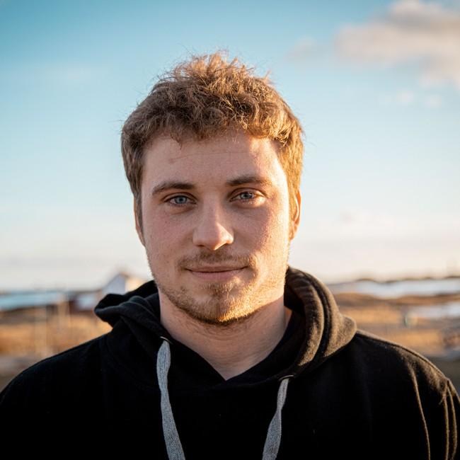 Fisker og snekker Isak Dreyer (26) fra Bodø.