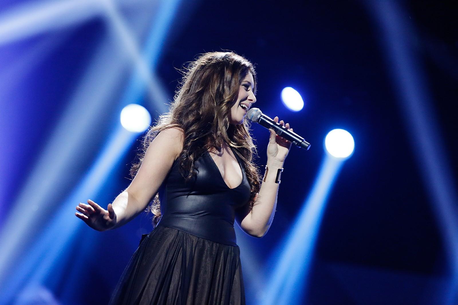Sanger og fiolinist Marie Klåpbakken deltar med «Ta Meg Tilbake», skrevet sammen med Linn Hege Sagen og Olav Tronsmoen.