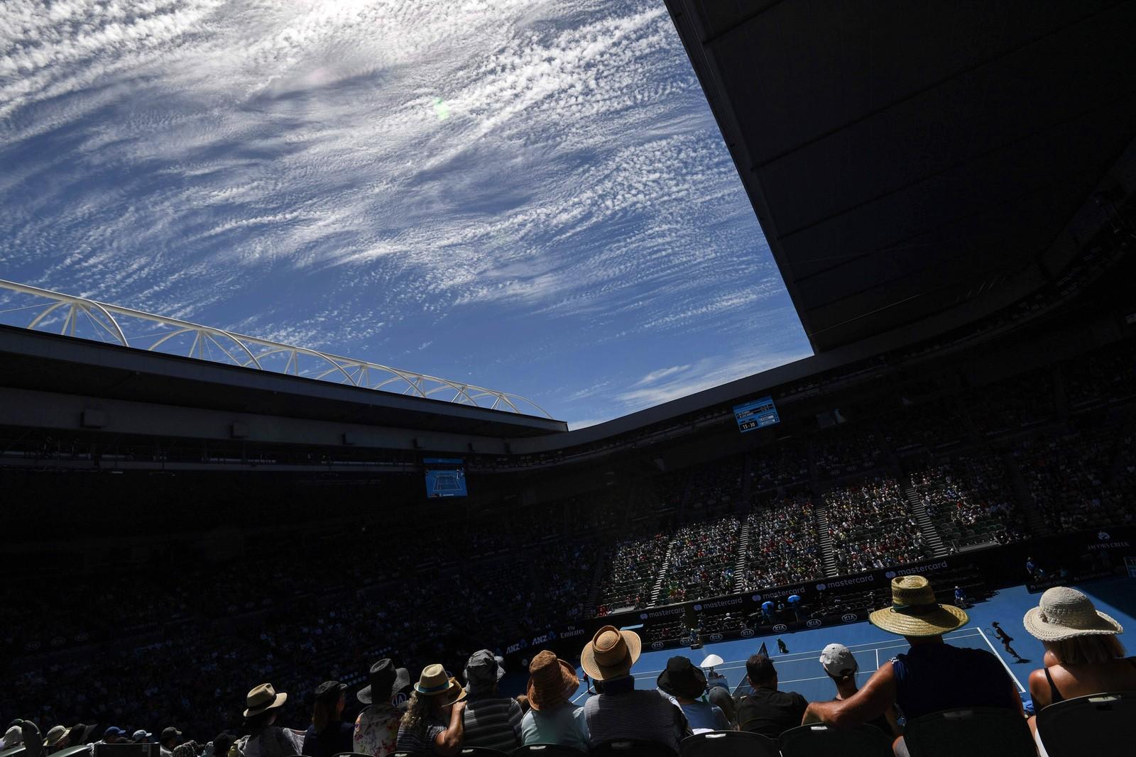 Dette bildet er tatt under den tiende dagen av Australian Open i Melbourne.