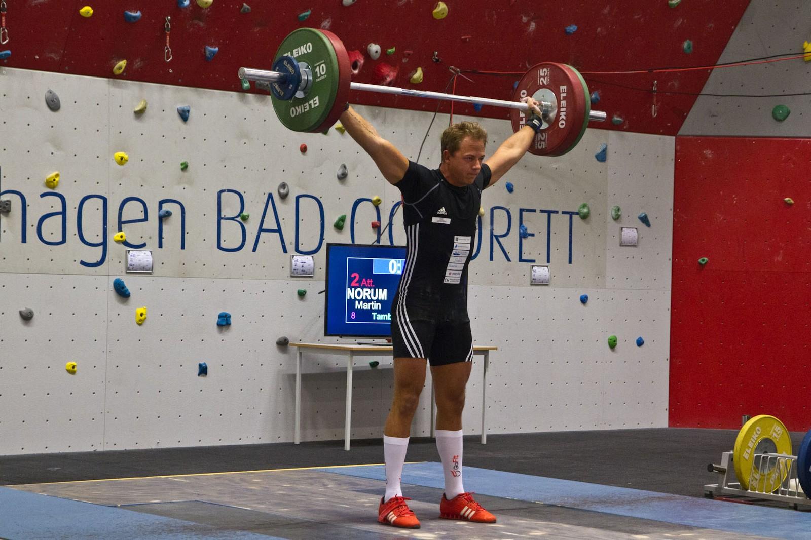 Martin Norum enda på 15. plass i Norgescupen med 265,44 poeng etter 102 kg i rykk og 120 kilo i støt.