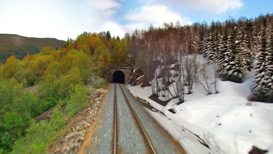 Nordlandsbanen minutt for minutt, årstid for årstid