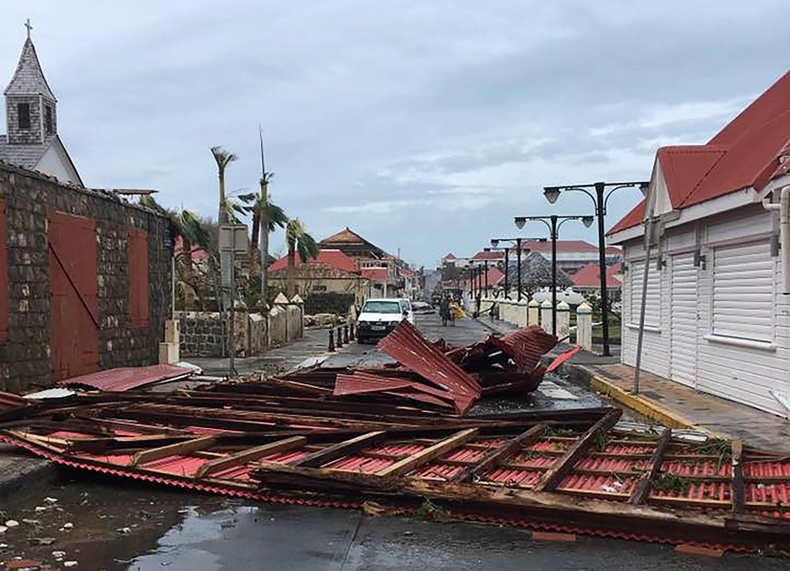 Store ødeleggelser i Gustavia på den franske øya Saint-Barthelemy i Karibia.